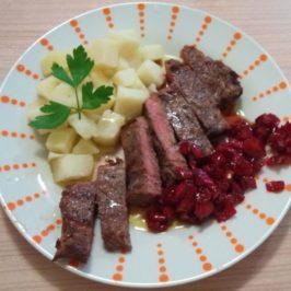 Телешки стек с конфитюр от червен пипер (Англия)