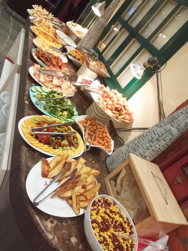 Снимка 2, Ресторант с 'free menu' в Дубай