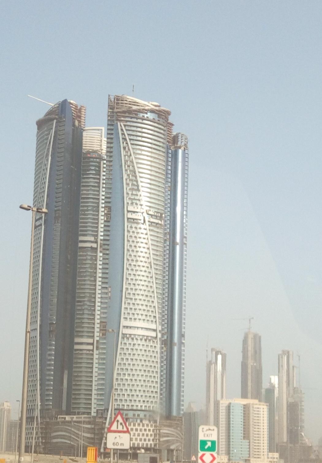 Снимка 5, Небостъргачите на Дубай
