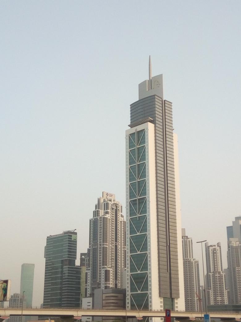 Снимка 6, Небостъргачите на Дубай