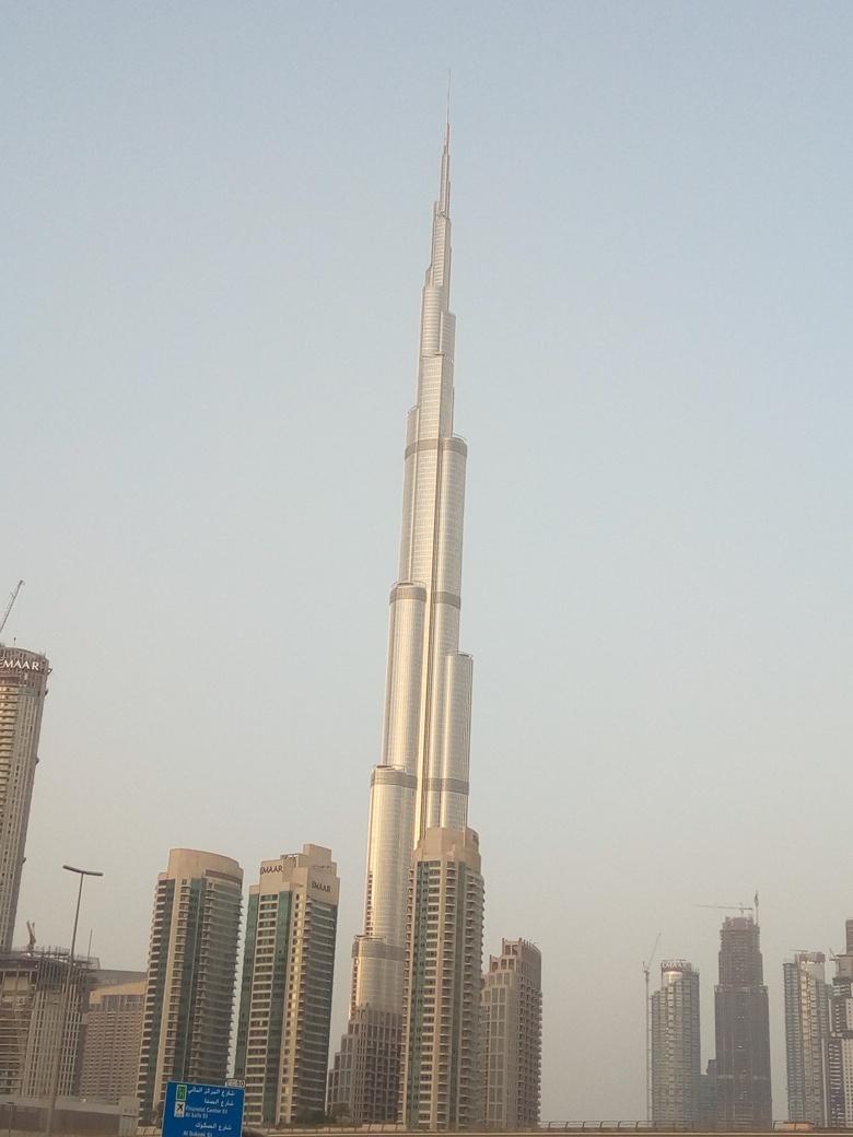 Снимка 7, Небостъргачите на Дубай