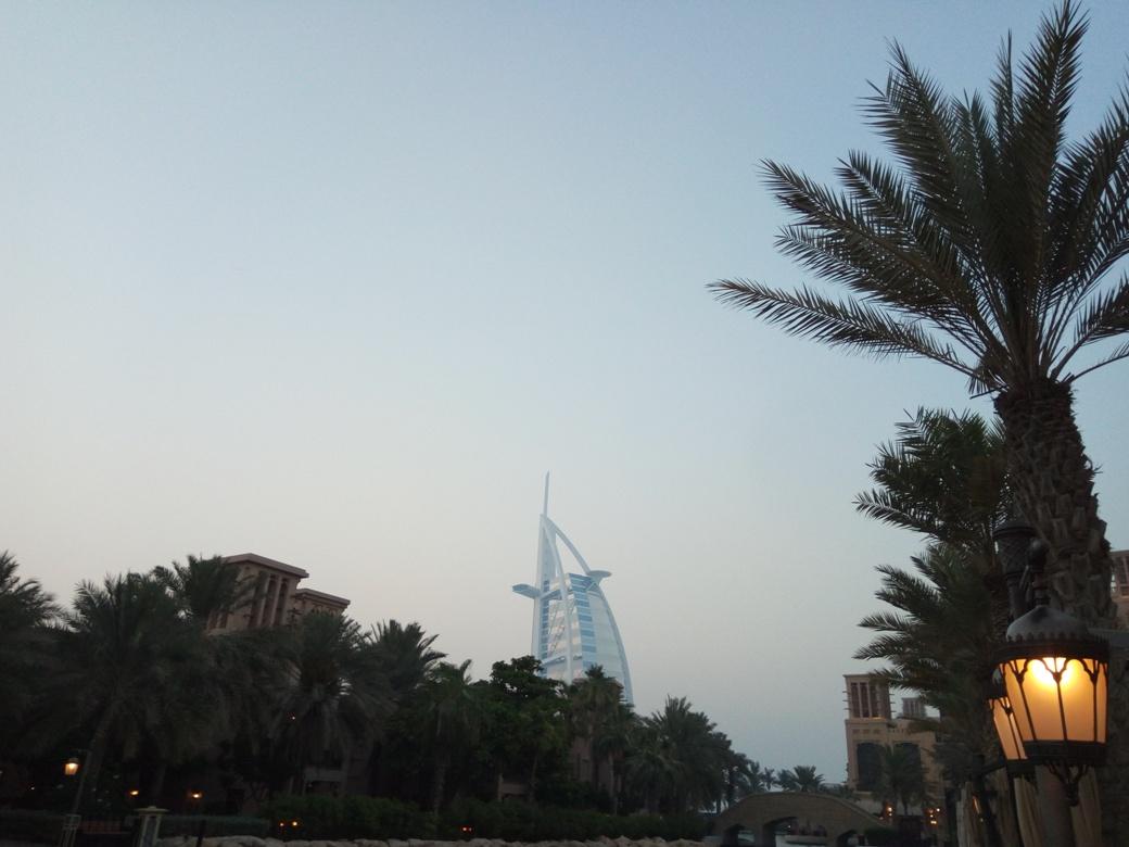 Снимка 1, Бар-ресторант Madinat Jumeirah, Дубай
