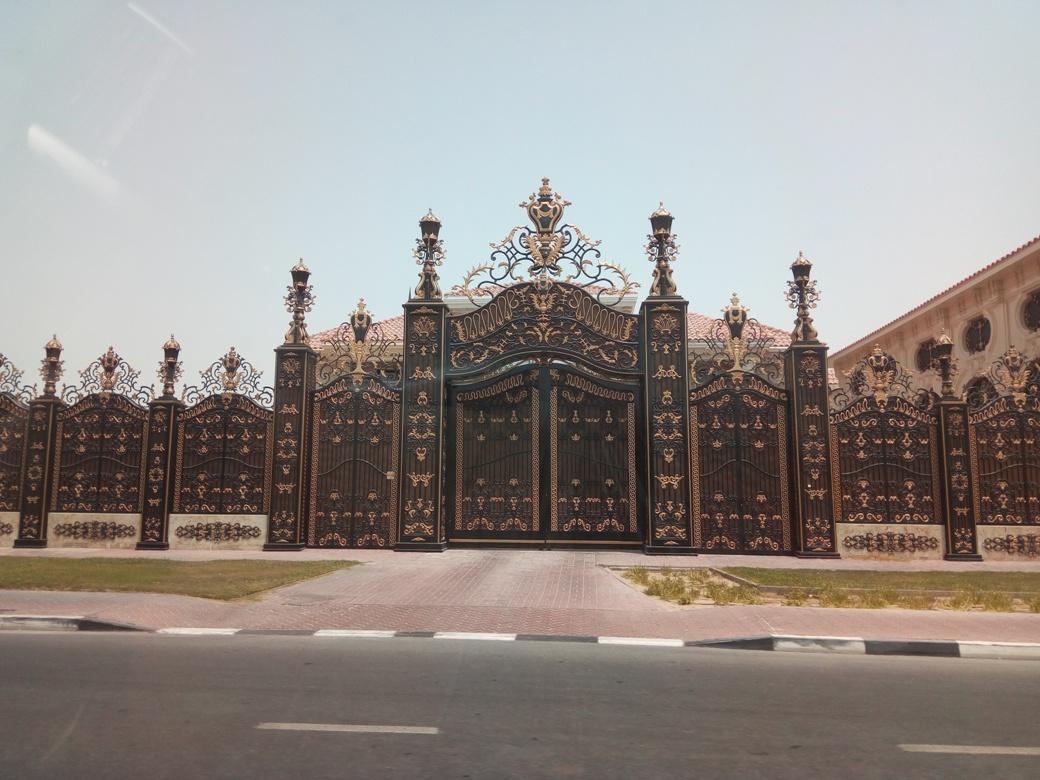Снимка 5, Къщите - дворци на елита на Дубай