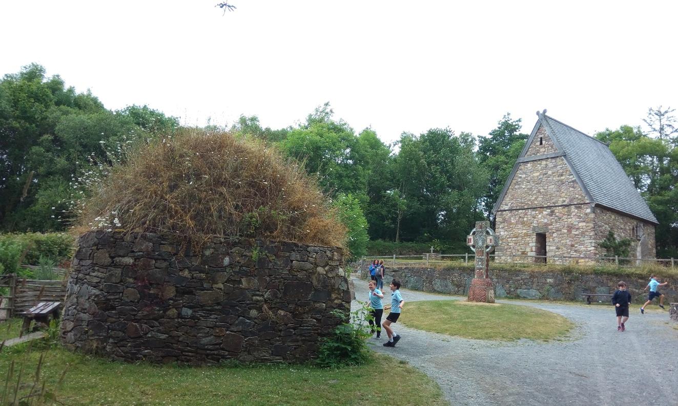 Снимка 1, Ранно християнство, Irish National Heritage Park, Ирландия