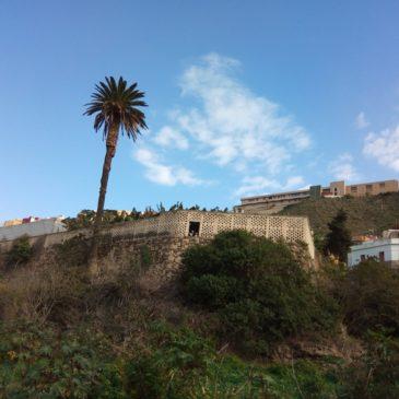 По течението на Guiniguada, Гран Канария, Испания