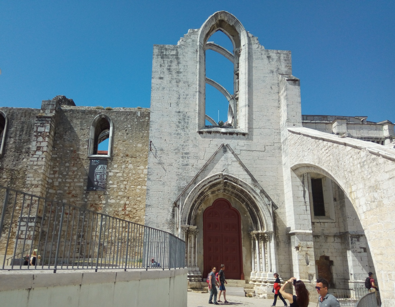 Convento do Carmo, Portugal, Picture 17