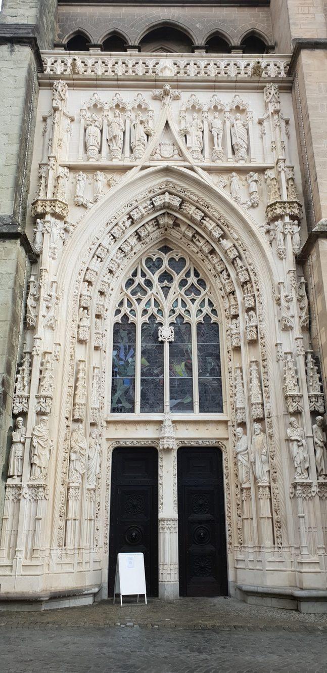 Снимка 18, Cathedral of Notre Dame, Лозана, Швейцария
