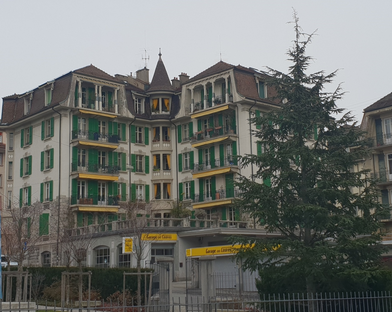 Снимка 41, Old building, Лозана, Швейцария